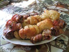 Baconben sült csirkemáj Shrimp, Sausage, Bacon, Food And Drink, Sausages, Pork Belly, Chinese Sausage