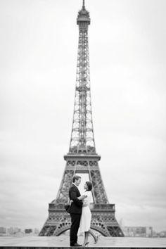 Paris engagement photo shoot Photography by Pierre Paris Photogropher