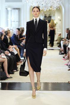 Ralph Lauren | Resort 2015 | 17 Black blazer, black midi skirt with side slit, white long sleeve shirt and monochrome dotted tie