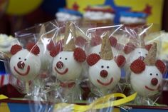 Cake pops at a Circus Party #circus #party