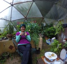 Breakfast in the greenhouse! Loved our stay at the Wise Way Wellness Center in New Hampshire {brittanyblinks.tumblr.com}