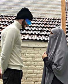 Beautiful Dress Designs, Beautiful Dresses, Halal Love, Muslim Couple Photography, Photography Tips, Muslim Images, Niqab Fashion, Cute Muslim Couples, Muslim Family
