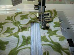 Inserting zipper pocket