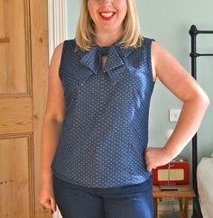 You should all know by now that I have a bit of thing for a nice bow blouse. Whenever I fancy...