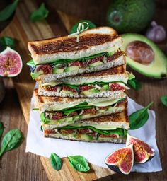 Avocado Fig Cheese Sandwich Toasts