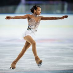 Not only is Los Angeles native, figure skater Starr Andrews phenomenal on the ice, she has amazing vocals to add to her repertoire. Ice Dance Dresses, Figure Skating Dresses, Dance Outfits, Synchronized Skating, Figure Skating Costumes, Ballroom Dress, Gymnastics Leotards, Dance Costumes, Sewing School