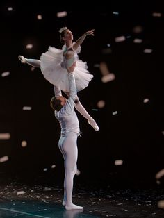 Onstage and Backstage at the Nutcracker, Appalachian Ballet, Tennessee - Photo by Richard Calmes - http://www.pbase.com/rcalmes - Ballet, балет, Ballett, Ballerina, Балерина, Ballarina, Dancer, Dance, Danza, Danse, Dansa, Танцуйте, Dancing