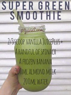 Super green smoothie Fruit Ice, Fresh Fruit, Super Green Smoothie, Frozen Banana, Almond Milk, Smoothies, Mason Jars, Vanilla, Shake