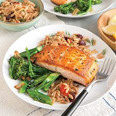 Seared Salmon Fillets with Orzo Pilaf - Quick and Easy Fish and Shellfish Recipes for Dinner Tonight - Cooking Light Mobile Shellfish Recipes, Seafood Recipes, Orzo Recipes, Dinner Recipes, Risoni, Cooking Light Recipes, What's Cooking, Salmon Pasta, Healthiest Seafood