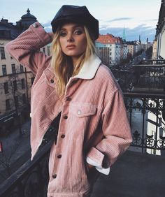 I can't wait for tomorrow cause i will have the chance to go in @bikbok in Austria and shop Elsa's collection���� I need this jacket so much❤️ @hoskelsa Tags: #laisolivera #lais #oliveira #laisnavarrodeoliveira #josephineskriver #jojo #beauty #beautiful #gain #gains #like #likeforlike #lfl #fff #ffl #lff #taylorswift #selenagomez #bellahadid #gigihadid #victoriasecrets #victoriassecret #bella #gains #gainpost #gaintrick #recent #caradelevingne…