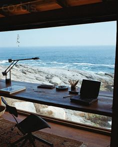 ღღ What a spot for a desk area! The view is spectacular. ~~~ Photographer: Fernando Bengoechea Location: Valparaíso Region, Chile