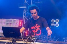 Skittering beats from Four Tet, Villagers' wintry 'Courage' and more - 20 must-hear new tracks http://nmem.ag/IteVo