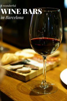 Wondering where to eat in Granada? Check out my Granada gastro guide, filled with my favorite Granada tapas bars, Granada foods, and Granada restaurants! Drink Wine Day, Wine Drinks, Wine Tasting Near Me, Wine Cellar Racks, Wine Tourism, Spanish Wine, Spanish Food, Tapas Bar, In Vino Veritas