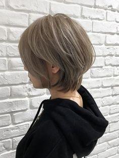 #辺見えみりヘアは20代~40代で断トツ人気☆美シルエットで小顔/RELAXX 表参道 【リラックス オモテサンドウ】をご紹介。2018年春の最新ヘアスタイルを300万点以上掲載!ミディアム、ショート、ボブなど豊富な条件でヘアスタイル・髪型・アレンジをチェック。