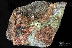 Rhodonit-----------------------Harzer Gabbro-Steinbruch der Norddeutsche Naturstein GmbH, Bad Harzburg, Niedersachsen, Germany, Copyright © H. Stoya
