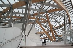 Fondation Louis Vuittion - timber beams and steel