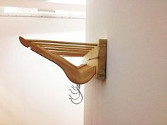 Reuse Clothes Hangers - Brilliant Ways to Update Your Home hanger crafts Reuse Clothes Hangers – 11 Brilliant Ways to Update Your Home Metal Hangers, Wooden Hangers, Diy Hangers, Reuse Clothes, Clothes Hangers, Hanger Crafts, Recycled Wood, Store Design, Wood Crafts