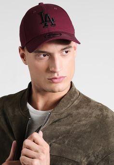 ¡Consigue este tipo de gorra de New Era ahora! Haz clic para ver los  detalles. Envíos gratis a toda España. New Era LEAGUE ESSENTIAL Gorra  dodgers ... 746036cfd5b