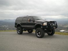 Ford Excursion - Zombie Crusher
