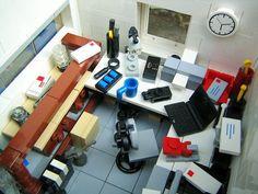 Awesome Lego Garage/Workshop Interior #lego #brickadelics #interior #workshop http://ift.tt/1AnmQGH