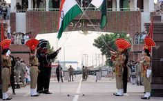 India-Pakistan's flag war at Attari-Wagah border before Independence Day - India Today #757Live