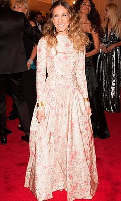 SJP dresses more and more like she's from Amish country.