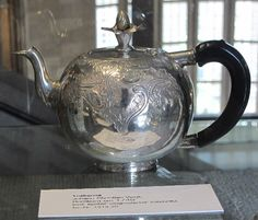Beautiful silver teapot on http://teatra.de member Bram's latest blog post. Have a nice pic too? Join Tea Trade!