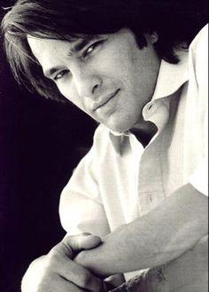Oliver Martinez