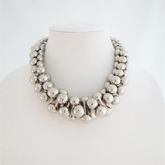 Silver Over-sized Graduated Necklace