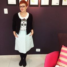#memademay15 #day06 Saia evasê com bolsos e detalhes de mini grelots / A line skirt with embellished pockets. ❤️✂️✨ #francinelacerda #francinelacerdapatterns #mmmay15 #sewing #costura