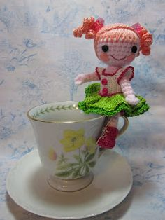 I'm a sucker for cute, tiny dolls; and these little sweeties are a wonderful inspiration for a variation on the Teacup theme :-) By alterin...