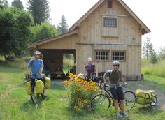 Cyclist Only Camping: Bicycle Barn in Winthrop Washington --  One category of services listed on our maps -- that you'll find nowhere else -- is Cyclists' Only Camping and Lodging. Barn Bicycle Camping is located near the Methow River in Winthrop, Washington, placing it on two of our maps, Northern Tier Section #1 and Washington Parks Section #2 ...