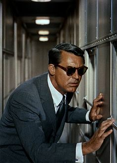 Cary Grant in North by Northwest (Alfred Hitchcock, 1959) Sandro.B suits http://www.sandro-b.com/30-suits