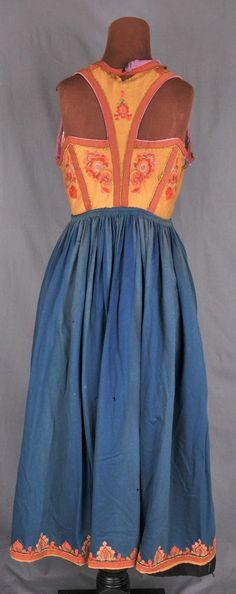 Vest-Telemark Museum Vest, Museum, Costumes, Summer Dresses, Fashion, Culture, Moda, Dress Up Clothes, Fashion Styles