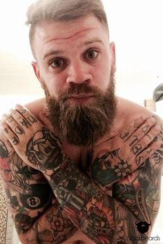 Martin mit Hollywoodian und sehr geilen Tattoos. Danke für dein Bild.