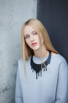 Black leacking necklace.  Photographer Katarzyna Kuś