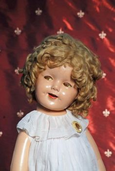 LARGE FLIRTY-EYED SHIRLEY TEMPLE COMPOSITION DOLL : Lot 280