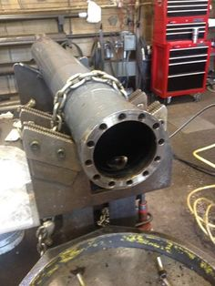 http://www.yarbroughindustries.com/hydraulic-cylinder-repair - At Yarbrough Industries, after we do the complete rebuild, we pressure test each cylinder to make sure that it extends and retracts as it is supposed to and that it does not leak.