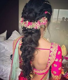 ideas indian bridal hairstyles for long hair beautiful hair hairstyles bridal 236579786663203633 Saree Hairstyles, Ethnic Hairstyles, Bride Hairstyles, Hairstyles Haircuts, Bollywood Hairstyles, Bridal Hairstyle Indian Wedding, Bridal Hairdo, Indian Bridal Hairstyles, Wedding Updo