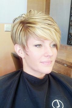 Hairstyles For Women Over 50 With Fine Hair | Fine hair, Short ...
