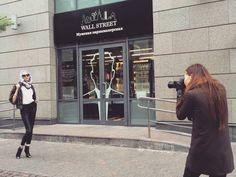 ерритория деловых мужчин Wall Street , это не только лучше услуги по уходу за мужской внешностью, но и как выясняется, лучшая локация для съемок любых творческих проектов, как внутри, так и снаружи ! 👍  #wallstreet_moscow #территорияделовыхмужчин #wallstreetbarber #wallstreetbarbershop #wallstreetmoscow #маникюрдлямужчин #мужскойманикюр #fashion #wallstreet #handsome #hair #новокузнецкая #третьяковская #мужскиестрижки #menshair #барбершоп #barbershop