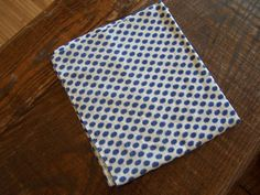 Check out this item in my Etsy shop https://www.etsy.com/listing/155360046/antique-blue-white-cotton-feedsack
