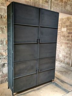 Industrial Furniture, Vintage Industrial, Home Trends, Dresser, Sweet Home, New Homes, Outdoor Decor, Blog, Home Decor