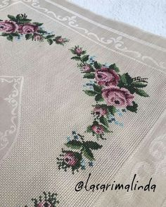 This post was discovered by berrin ***. Discover (and save!) your own Posts on Unirazi. Funny Cross Stitch Patterns, Cross Stitch Rose, Cross Stitch Flowers, Cross Stitch Embroidery, Embroidery Patterns, Prayer Rug, Vogue Kids, Handicraft, Baby Knitting