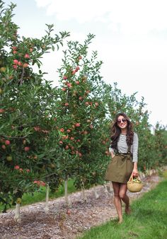 Apple picking season (& an easy, delicious pie recipe! Apple Picking Season, Apple Picking Outfit, Green Skirt Outfits, Green Suspenders, Fall Outfits, Fashion Outfits, Fall Fashion, Olive Green Skirt, Interview Attire
