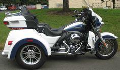 2015 Harley Davidson FLHTCUTG Tri Glide Ultra Trike