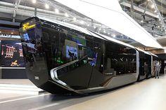 ロシアの新しい電車が宇宙戦艦っぽい