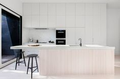A Renovated Swedish-Australian Family Home with Nordic Charm and Simplicity - Nordic Design Kitchen Island Bench, Kitchen Benches, Design Furniture, Plywood Furniture, New Kitchen, Kitchen Dining, Interior Design Hd, Kitchen Colour Schemes, Style Deco