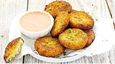 These bite-sized morsels are actually healthy—well, healthy-ish. Be sure to make extra, because once your crew finds out these snacks just are as nutritious as they are delicious, they'll be doubling down for sure. Best Cauliflower Recipe, Cauliflower Nuggets, Cauliflower Bites, Frozen Cauliflower Recipes, Appetizers For Party, Appetizer Recipes, Snack Recipes, Sweet Recipes, Whole Food Recipes