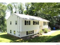OPEN HOUSE:     Sunday, 11/8/2015 from 1:00 PM - 3:00 PM. View property details for 242 Pastors Walk, Monroe, CT. 242 Pastors Walk is a Single Family property with 4 bedrooms and 2 baths for sale at $244,000. MLS# 99112453.